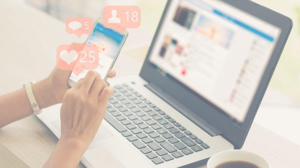 Foto Cabecera gestion redes sociales - efecto transparente